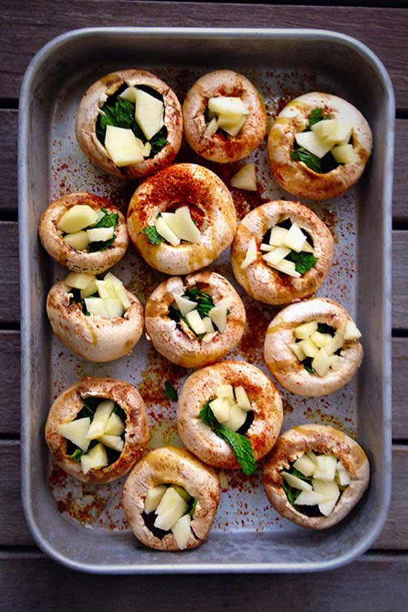 Champignons a la Courgete et Omelette aux Herbes Aromatiques