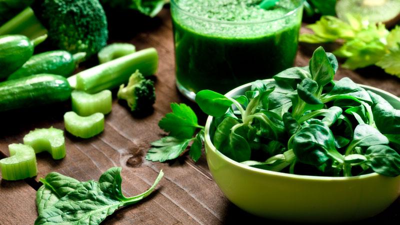 Mâche et épinards, les bénéfices des feuilles vertes